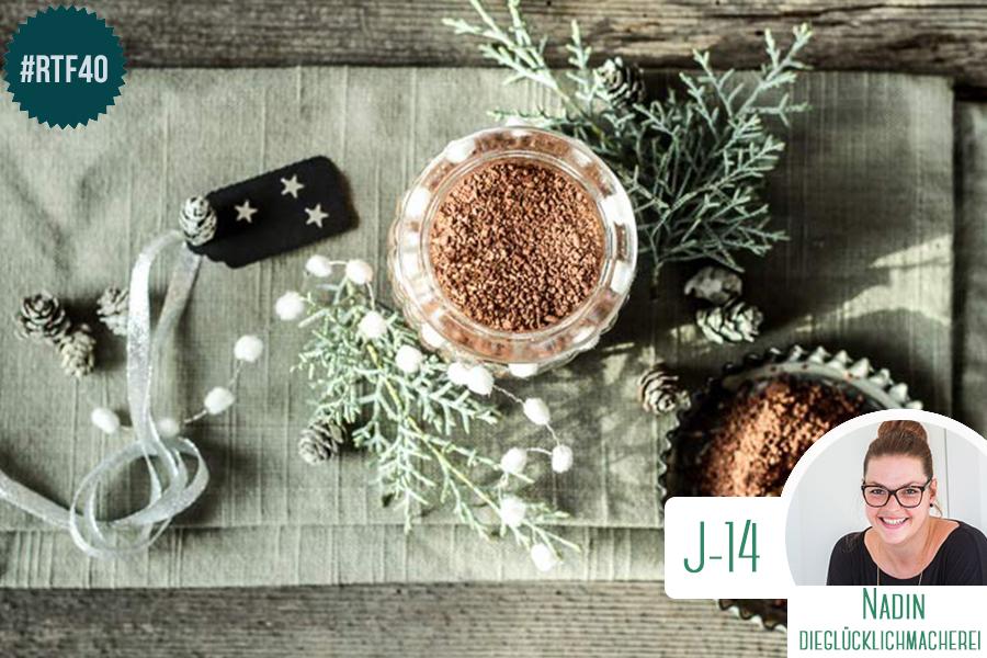 Cadeau de noel pas cher chocolat chaud fait maison for Maison de noel pas cher