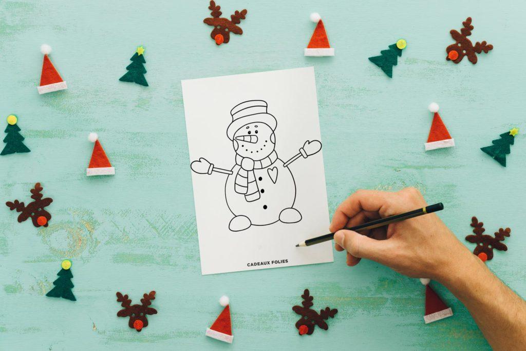 Dessin de bonhomme de neige qui sourit