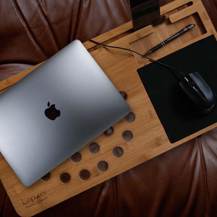 Cadeau noel homme : le support en bois pour ordinateur
