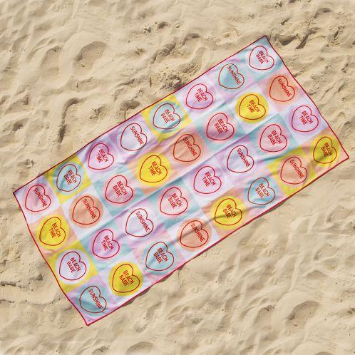 Serviette de plage coeurs