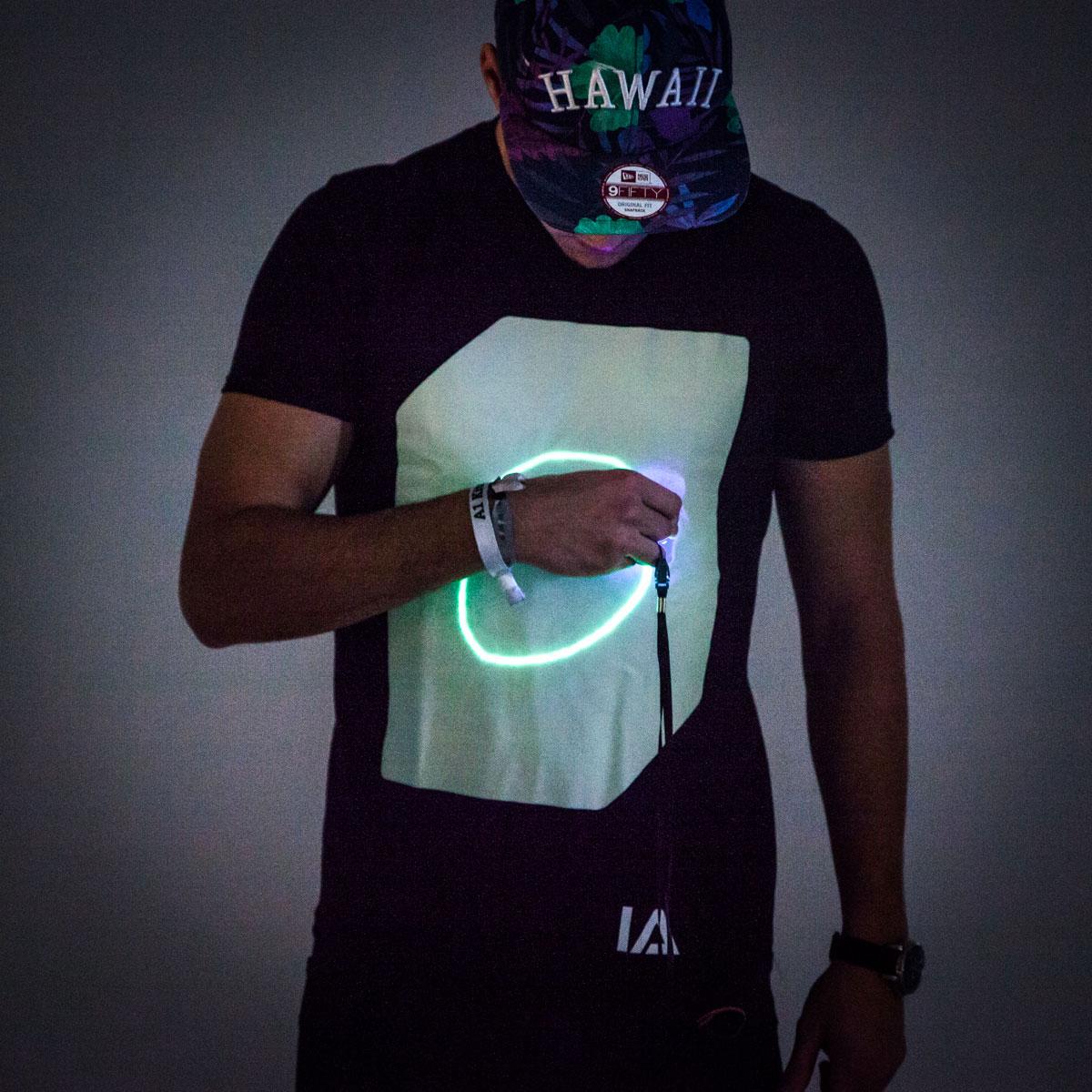 Glow T-shirt interactif