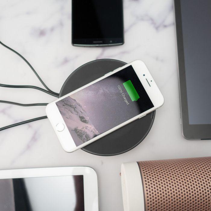 Nomad - La plateforme de chargement USB avec fonction sans fil