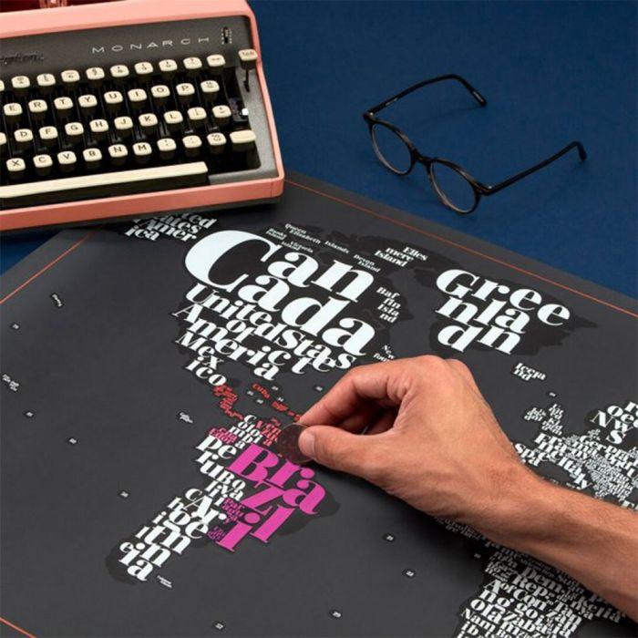 Carte du Monde Typographique à gratter