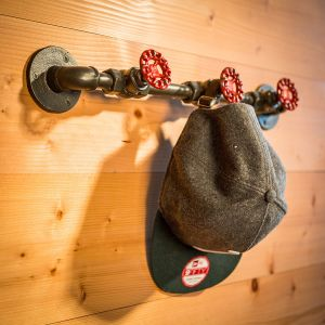 Pipeline crochet garde-robe en métal