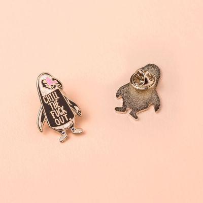 Vêtements & Accessoires - Pin's Pingouin Chill Out