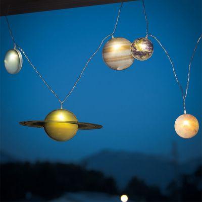 Idées cadeaux pour mettre dans le calendrier de l'avent - Guirlande lumineuse Système Solaire
