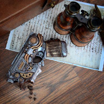 Cadeau Saint Valentin Homme - Pistolet en Chocolat Steampunk