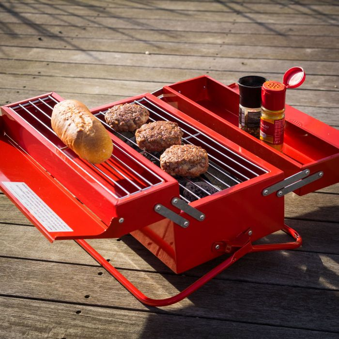 Caisse outils barbecue - Barbecue caisse a outil ...