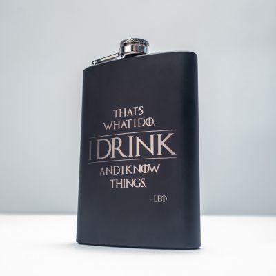Cadeau pour son copain - Flasque personnalisable I Know Things