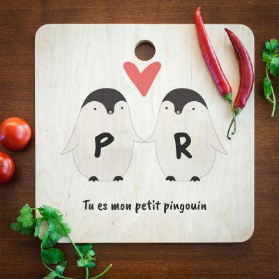 Cadeaux en bois personnalisés - Planche à découper personnalisable – Couple de Pingouins