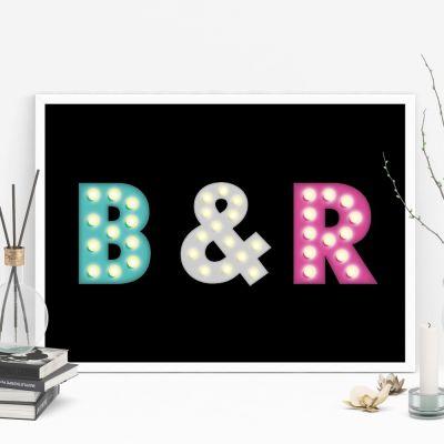 Posters exclusifs - Affiche personnalisable avec initiales colorées