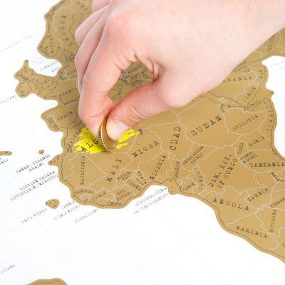 Cadeau 50 ans - Carte du monde à gratter